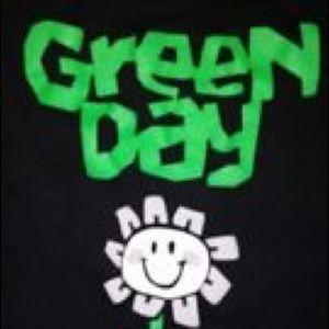 Tops - Vintage Green Day Tshirt